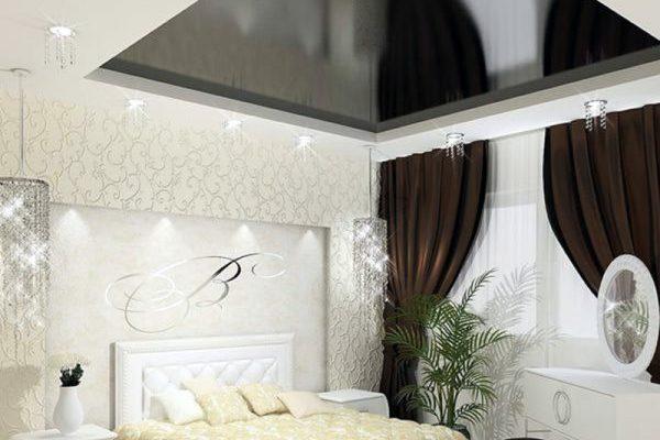Зеркало на потолке в спальне